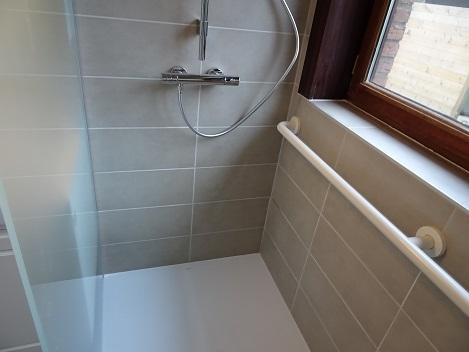 Badkamer senioren hamme aquasani