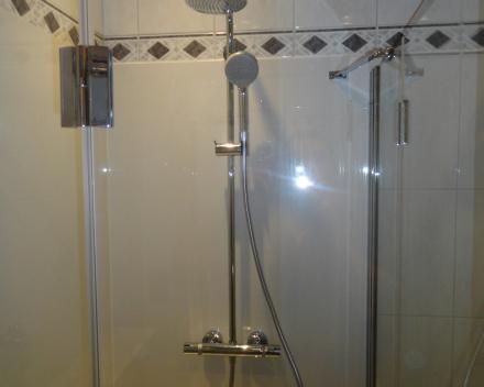 Budgetvriendelijk douchesysteem